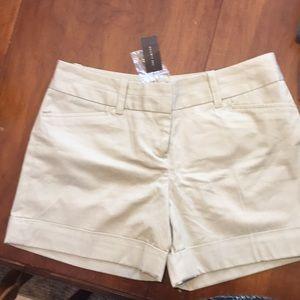 Ladies The Limited Khaki shorts